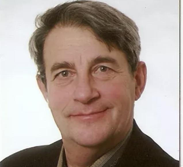 Михаил Цукров