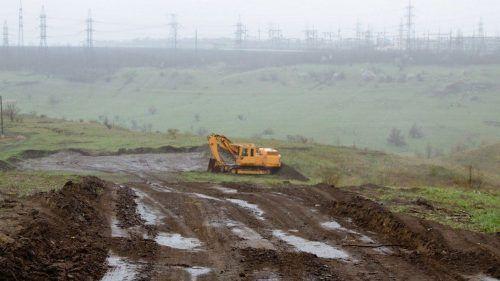В Днепре разворовали 5 млн грн при строительстве мусорного полигона