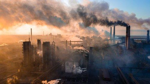 Верховная Рада провалила скандальный законопроект «О промышленном загрязнении»