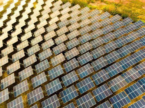 В ОАЭ построят крупнейшую в мире уникальную солнечную электростанцию