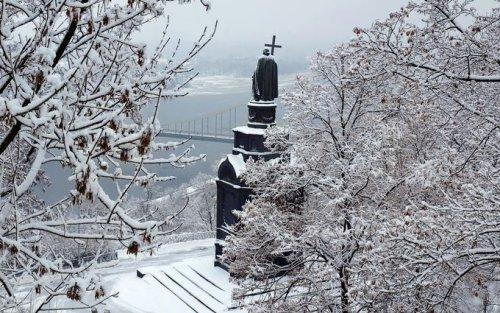 В Киеве снег проверили на нитраты: где он наиболее чистый