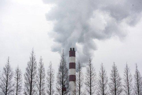 Китай ввел национальную систему торговли квотами на выбросы CO2