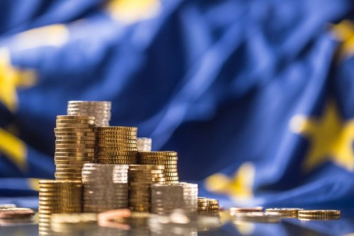 """ЄС затвердив Фонд відновлення економіки: акцент зроблено на """"зеленому"""" секторі"""