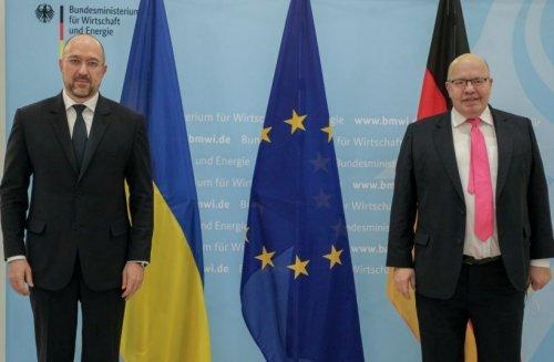 В Украине запустят два проекты по трансформации угольных регионов в 2021 году, – Шмыгаль