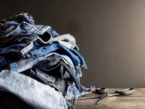 Как избавиться от ненужной одежды без вреда окружающей среде