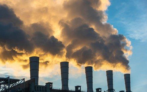 """Екокомітет рекомендував Раді ухвалити за основу скандальний законопроєкт """"Про промзабруднення"""""""