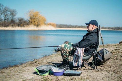 Рибалкам-промисловикам дозволили ловити рибу в Азовському морі