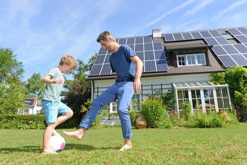 В Киеве взлетело количество домашних солнечных электростанций