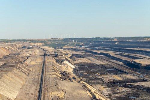 В Германии ради добычи угля уничтожат около восьми сел