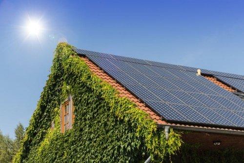 У Берліні на дахах усіх будинків встановлять сонячні панелі