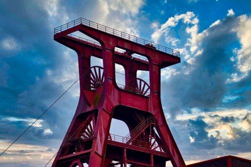 Польша начала готовиться к закрытию первой в этом году угольной шахты