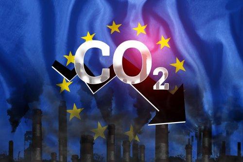 Ціна на викиди CO2 в ЄС уперше піднялася вище за 50 євро за тонну