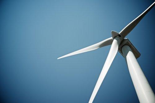 У Херсонській області виник скандал із вітроелектростанцією