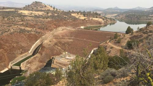 В США разберут четыре крупнейшие дамбы, чтобы вернуть в реку лосось