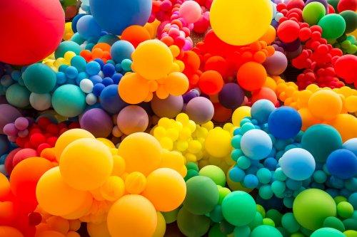 Екоактивісти закликали українців відмовитися від запускання повітряних кульок на випускних