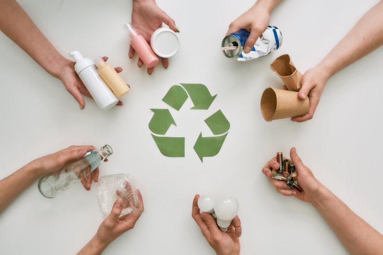 Як почати сортувати сміття: 8 кроків до більш екологічного життя