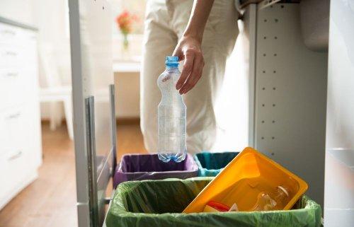 Через пандемію коронавірусу у світі зменшилося виробництво пластику
