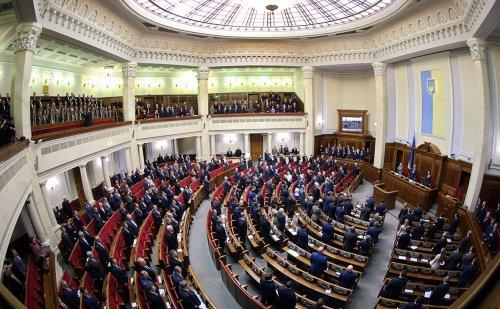 Депутаты задумали ввести опасный фактор в систему здравоохранения: анализ законопроекта