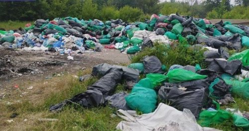 В Сумы свезли медицинские отходы со всей Украины. Фото и видео