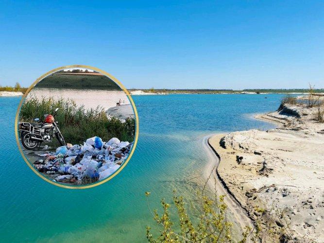 """""""Украинские Мальдивы"""" в Днепропетровской области утонули в мусоре. Фото"""