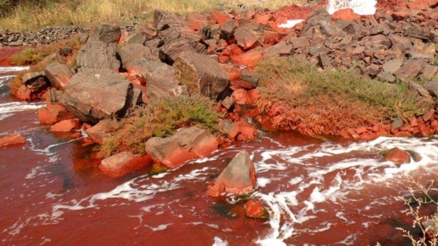 Кривому Рогу угрожает экологическая катастрофа из-за ядовитых шахтных вод