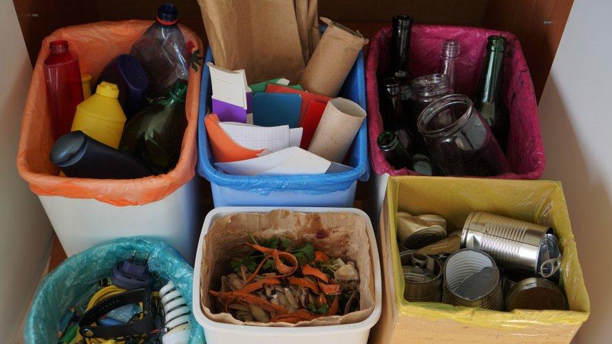 В Херсоне мифы о мусоре развеивают с помощью сортировочного туризма