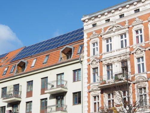 Жителей Берлина обязали устанавливать СЭС на крышах новых и реконструированных зданий