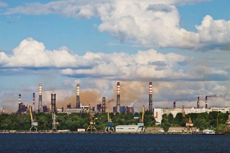 У Запоріжжі повітря знову було забруднене чадним газом: відомо де