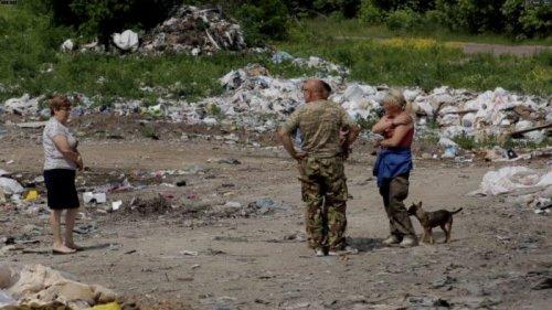 На Волыни из-за ошибки чиновников село тонет в мусоре. Фото, видео