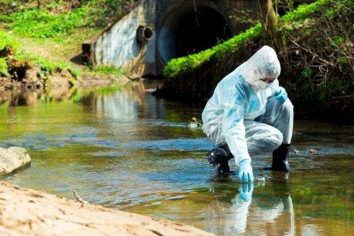 Загрязнение реки Тетерев в Житомире: ГЭИ оштрафовала водоканал на 2,5 млн грн