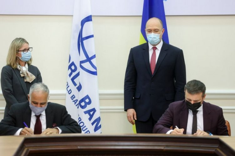 «Укргідроенерго» надали позику на $211 млн для встановлення СНЕ і сонячних станцій