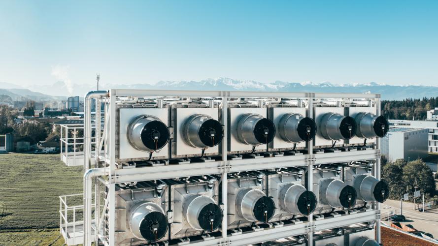 В Ісландії запрацював найбільший у світі завод із поглинання вуглецю з повітря