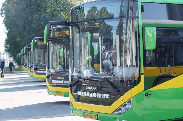На маршрути Вінниці вийшли 10 нових екологічних автобусів Otocar