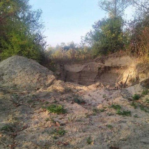 Убытки почти на 3 млн: на Буковине разоблачили незаконную добычу гравия. Фото