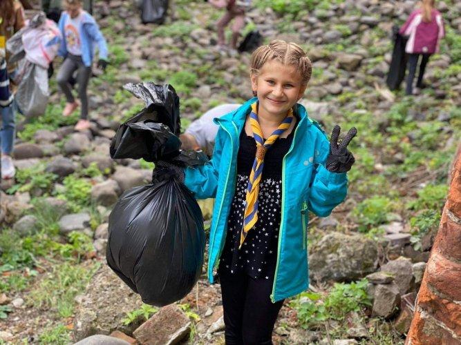 Более 300 тысяч украинцев присоединились к эко-событию World Cleanup Day