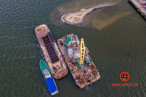 Після резонансу в ЗМІ у Дніпрі почали ліквідовувати острів зі сміття. Фото та відео