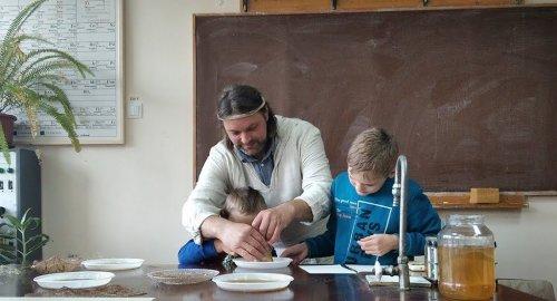 В Житомире открыли биолабораторию по созданию экологических вещей. Фото и видео