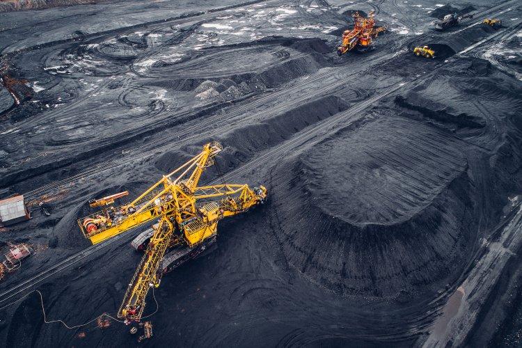 """В Украине постепенно закроют все угольные шахты: чего ждать от """"зеленой"""" инициативы"""